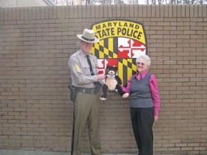 State Police Give Gifts to the Needy