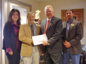 Coastal Association of Realtors Give to Maryland Food Bank