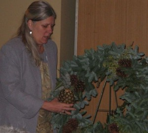 Worcester County Garden Club Christmas Wreath Demonstration