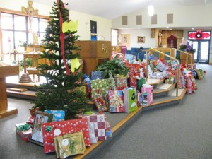 St. Luke Parish Meets Giving Tree Goal