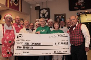 OC Elks Lodge Presents $2000 Donation For The OCPD Christmas Drive