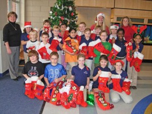 OC Elementary 4th Graders Decorate Christmas Stockings for Diakonia