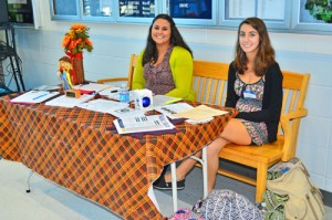 Stephen Decature Hosts Parents During American Education Week