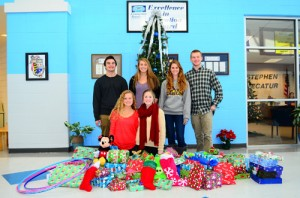 SD High School National Honor Society Adopt Needy Family For The Holidays