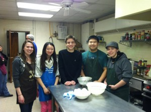 Salisbury School Key Club Volunteers Work With Community Emergency Shelter Program