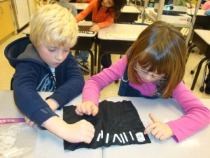 OC Elementary Students Practice Composing Numbers 11 To 19
