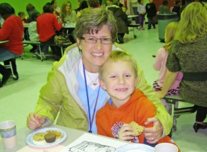 Judy Center Hosts Munchies For Moms Event