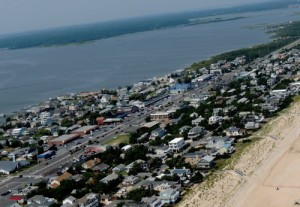 Fenwick Lowers Side Street Speed Limit; Bayside Street Parking Study Tabled Until Cost Is Known