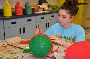 Stephen Decatur High School After School Academy Spanish Club Create And Paint Authentic Piñatas