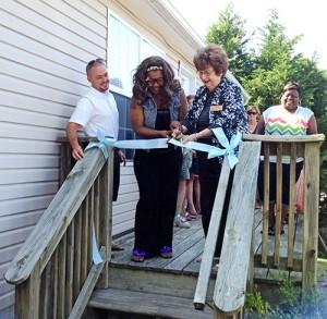 Habitat Dedicates New Home In Snow Hill