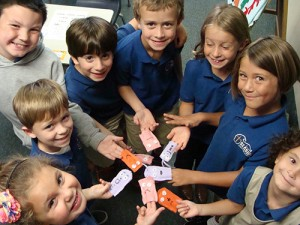 Seaside Christian Academy Students Make Finger Puppets In Home Economics Class