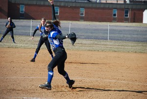 Decatur Softball Team Falls To Warriors, 26-0