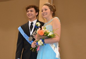 SD High Crowns Prom King And Queen