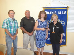 Volunteer Services Manager for the Worcester County Department of Human Resources Guest Speaker At Kiwanis Club Meeting