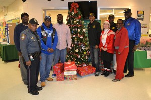Berlin Group Brightens Local Family's Christmas With Gifts