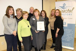 Coastal Association Of Realtors Awarded US Marine Corps Reserve Commander's Award