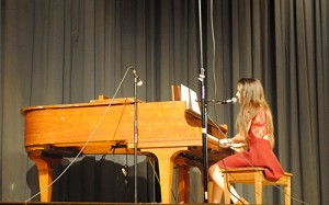 Lauren Laque Wins First Place At SD High School Talent Show