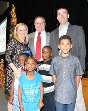 Foster Parents Receive Helping Hands Award