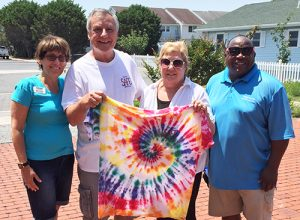 High School Students Create Tie-Die T-Shirts At Annual OC Play It Safe Event