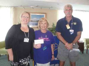 Cedar Chapel Special School Accepts $500 Donation From Kiwanis Club