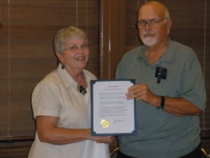 Daughters Of The American Revolution Accept Proclamation Recognizing Constitution Week