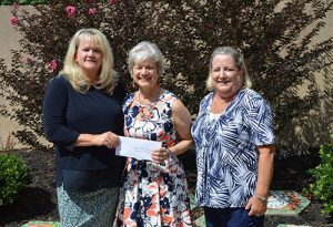 Republican Women Of Worcester County Present $300 Check To Showell Elementary