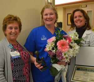 Atlantic General Hospital Awards Registered Nurse Kelly Fox With DAISY Award