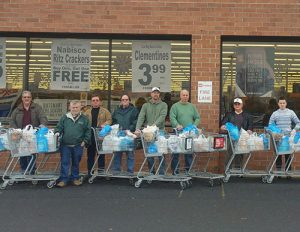 Berlin Lions Shop For Groceries For Needy Families