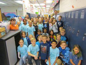 Berlin Intermediate School Students Wear Blue For World Diabetes Day