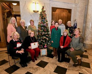 Worcester County Garden Club Participates In State House Tree Decorating Event