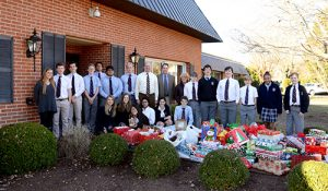 Worcester Preparatory School's Volunteers Organize Gift Drive For Worcester County G.O.L.D.