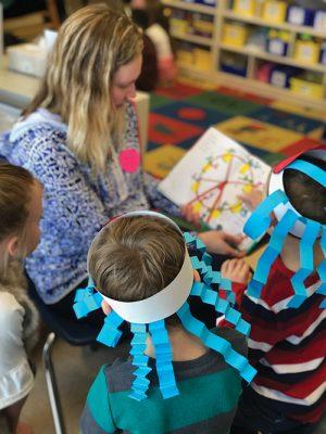 Ocean City Elementary School Kindergarten Students Invite Parents To School