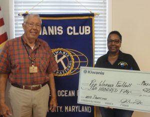 Kiwanis Club Presents $250 Donation To Berlin Pop Warner Football And Cheer Programs