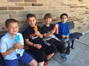 Group Of Showell Elementary Third Graders Enjoy Freezer Pops For Reading Over 20 Books During The Week