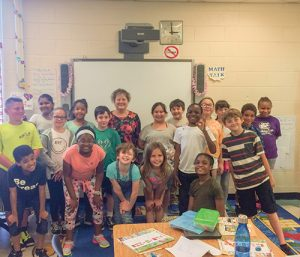 """Taylor Bank's Margaret Mudron Shares Junior Achievement's """"Our Region"""" Lesson With Buckingham Elementary Fourth Graders"""