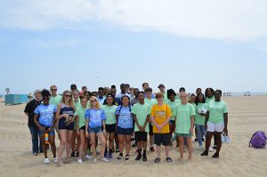 Surfrider Foundation, Students Partner On Beach Cleanup