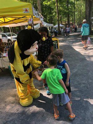 Pines Farmers Market Welcomes New Honeybee Mascot