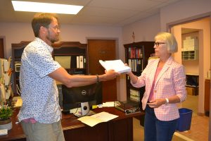 Petition Challenging Annexation Turned In; 709 Signatures Now Need To Be Confirmed