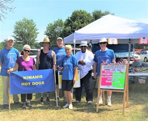 "Kiwanis Club's ""Dawg Team"" On Hand For Fourth Of July Celebration"
