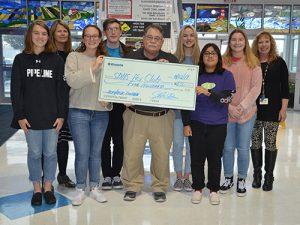 Kiwanis Donate $500 To Stephen Decatur Key Club