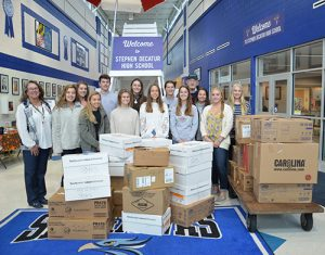 Decatur High Students Donate Packages To Troops
