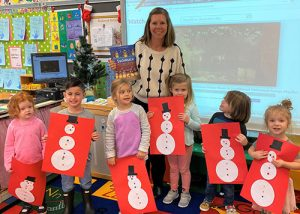 "OCES Pre-K Practice Counting With ""Snowmen At Christmas"" Story"