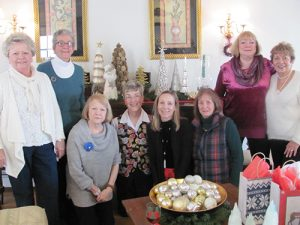 """Books By The Bay"" Book Club Enjoy Holiday Luncheon"