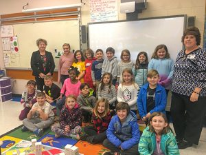 """Taylor Bank Employees Teach  """"JA In A Day"""" At Showell"""