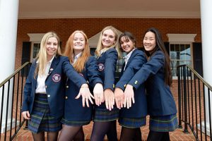 Worcester Prep Juniors Show Off New Class Rings
