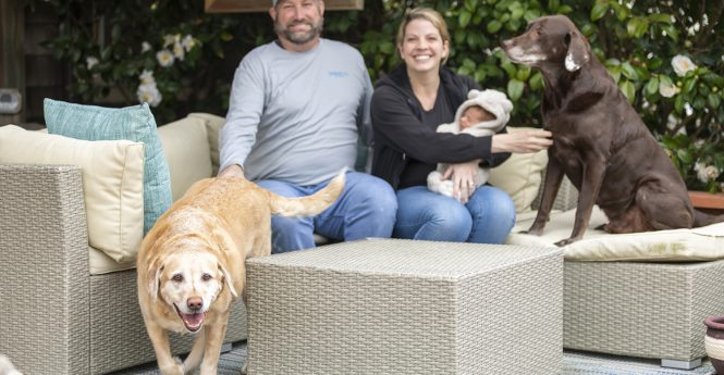 Photographer Offers Services For Front Steps Project