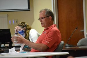 Berlin Administrator's Contract Extended For 3 Years