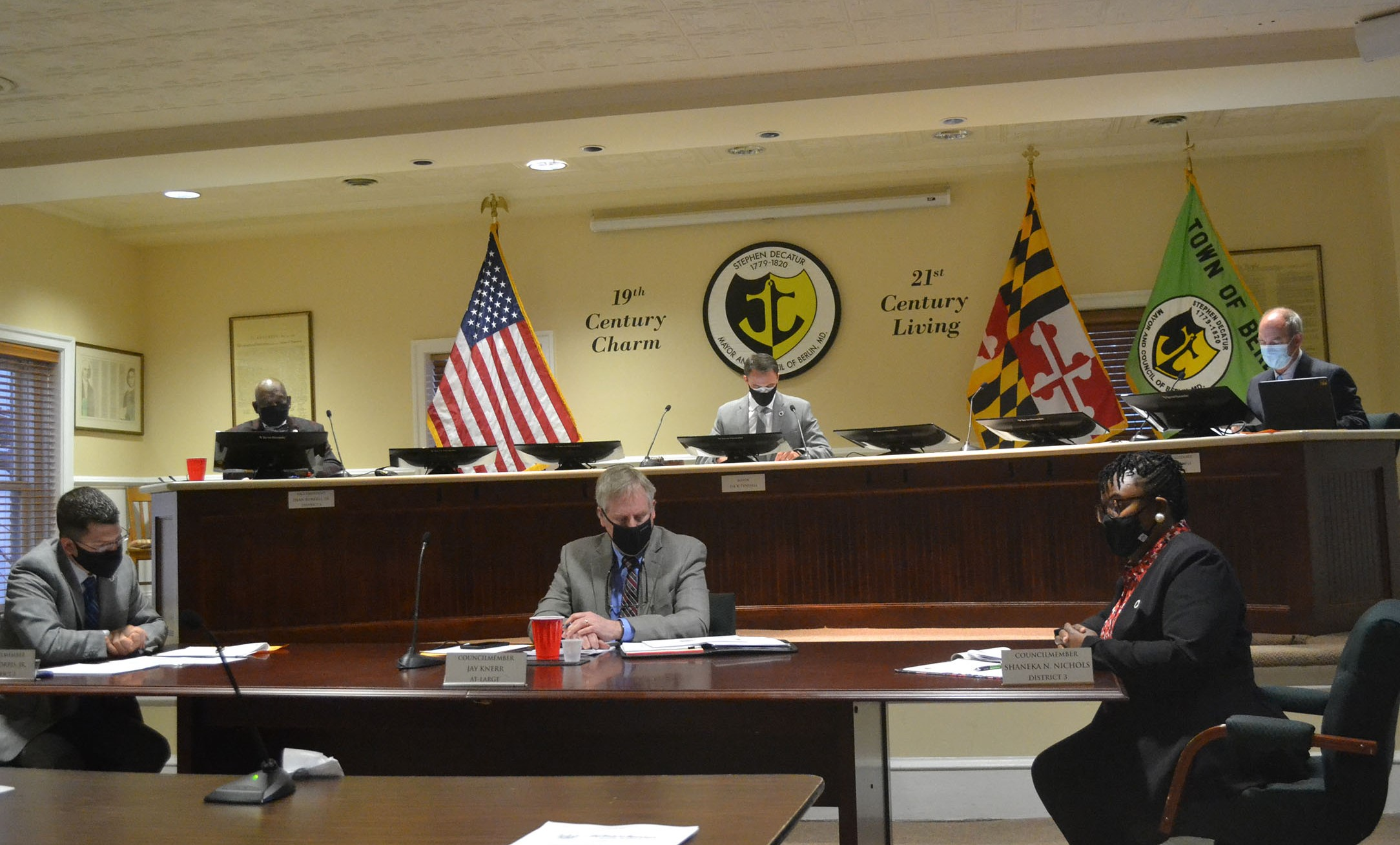 Berlin Officials Frustrated With Mayor's Budget Approach; Tyndall Defends Flat Tax Rate Proposal Amid Transparency Concerns