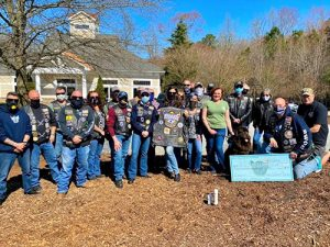 Bikers Without Borders Donate To US Kennels, Inc.