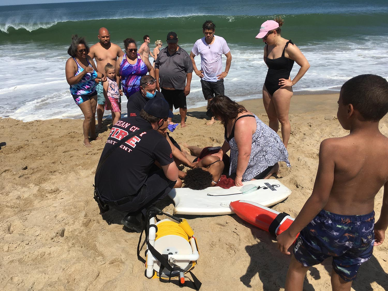A Good Samaritan Rescue Woman caught in a tearing current;  Reminder to